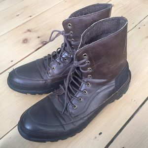 KENNETH COLE UNLISTED Imagi-Nation Boots Size 11.5